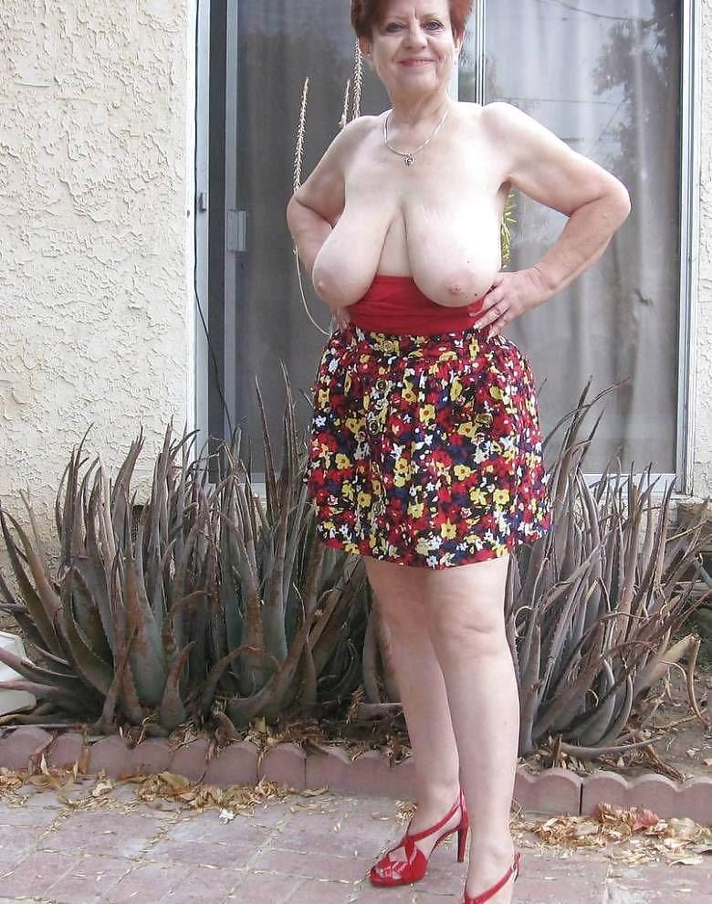 Oldnanny curvy mature lady lulu enjoying free time