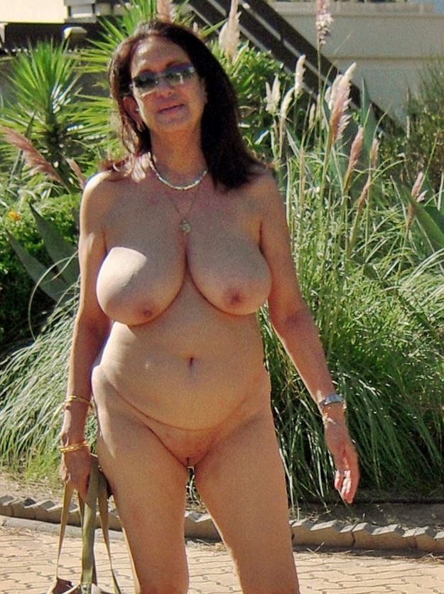 sexy lesben nackt im büro ficken mit mama deutsch