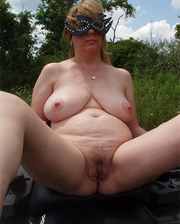 nachbarin nackt hausfrauen huren