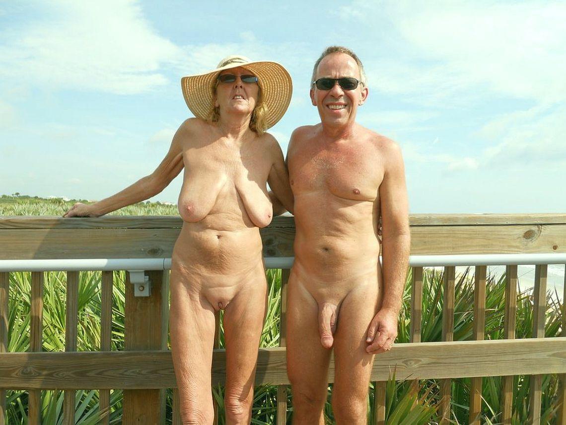 Strand geile oma am Kostenlose Omas