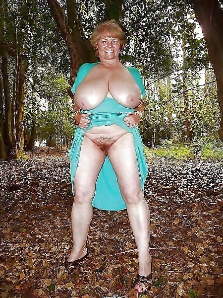 Wald oma bilder im nackt Folter
