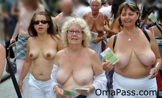 erotic chat at tittenparade