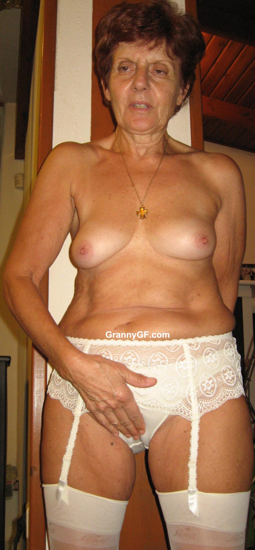 geile 60 jährige nackte amateurfrauen