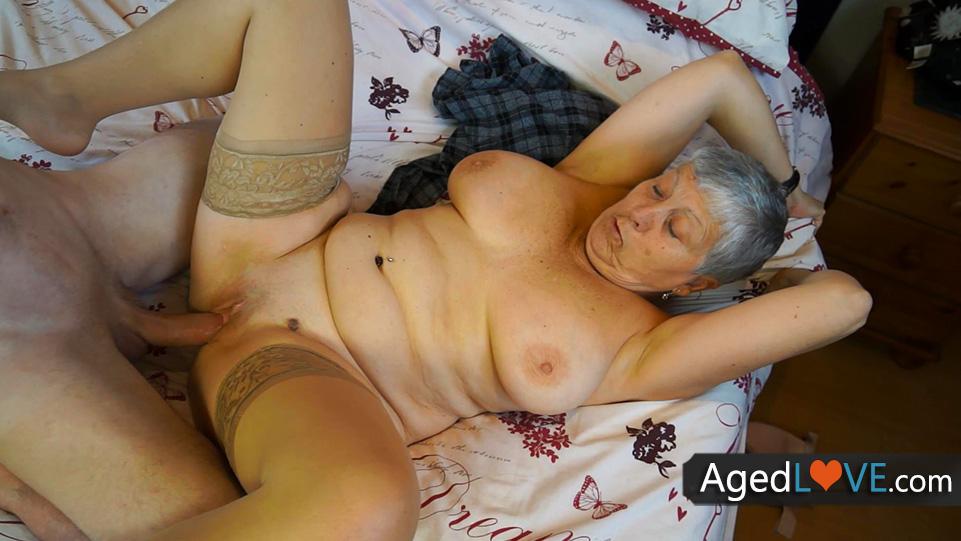 reife dame aus UK