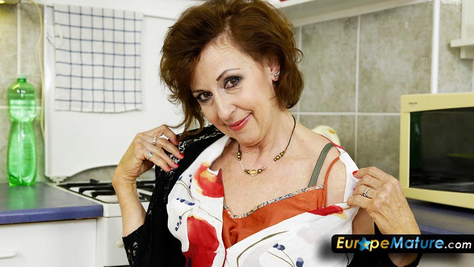 geile 60 jährige geile alte ladys