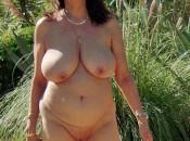 Richtig volle Brüste von reifer Frau