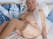 Sexy Geile Alte Oma diedas richtige für eine wixvorlage ist.