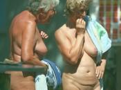 Nudisten dicke Oma