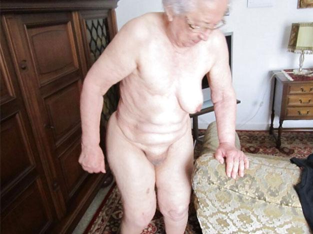 Hersey Big Tits nackt sehr alte Oma Porno